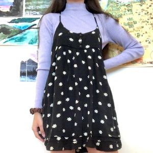 Black with Little Daisies Forever 21 Summer Dress